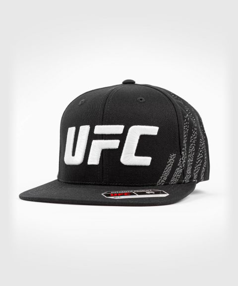 UFC Venum Authentic Fight Night Unisex Walkout Hat - Schwarz