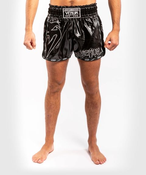 Pantaloncini da Muay Thai Venum Giant Infinite - Nero/Nero