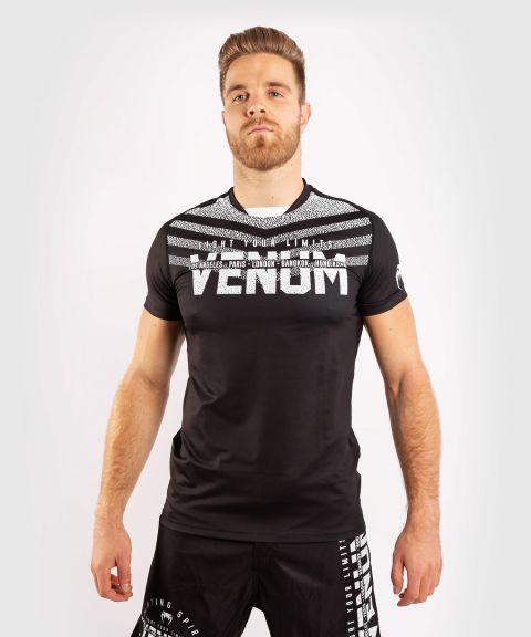 Camiseta Venum Signature Dry Tech - Negro/Blanco