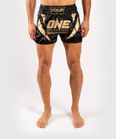 Venum x ONE FC Muay Thai-Shorts - Schwarz/Gold