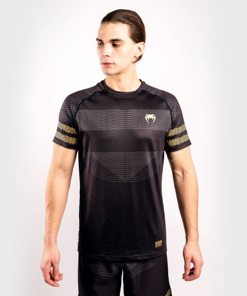 Camiseta Venum Club 182 Dry Tech - Negro/Oro