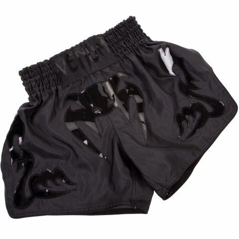 Pantaloncini da Muay Thai Venum Bangkok Inferno - Opaco/Nero