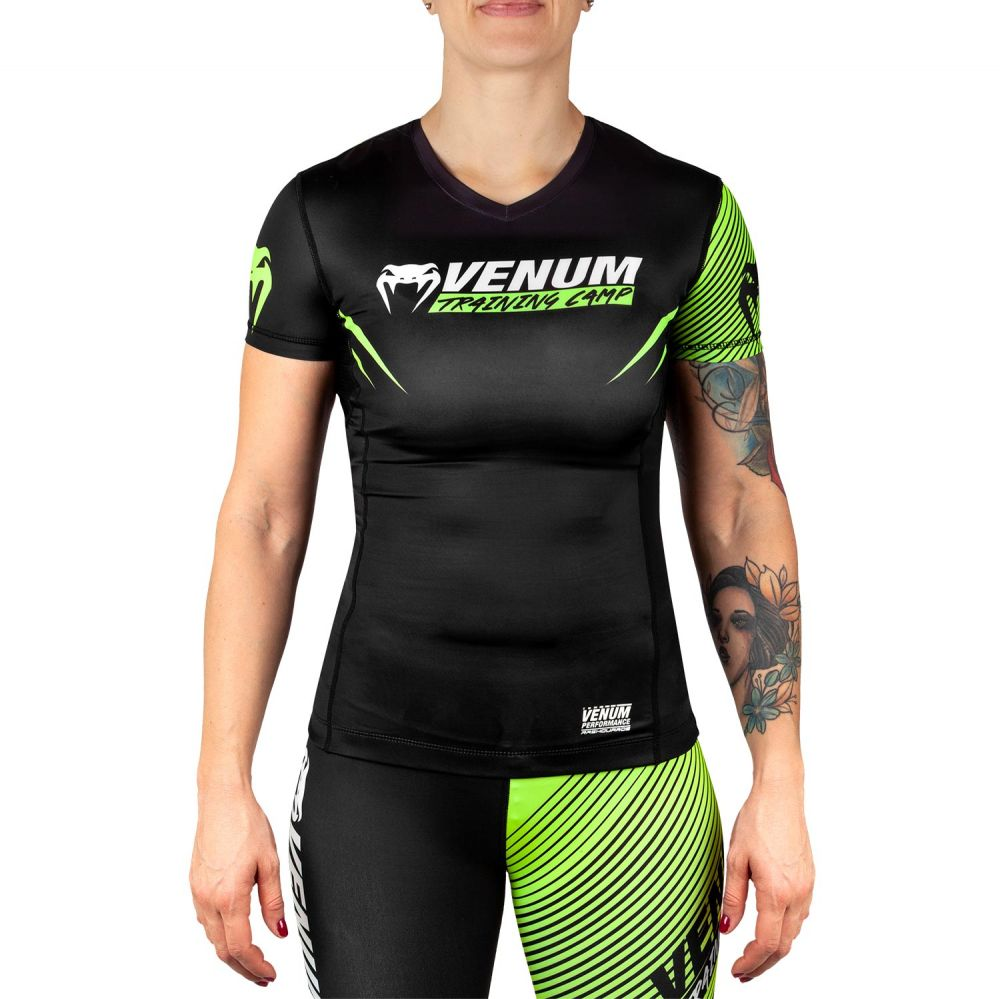 Rashguard Venum Training Camp 2.0 - Donna - Maniche Corte