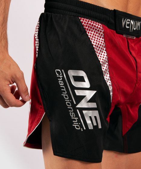 Venum x ONE FC Fightshorts - Red