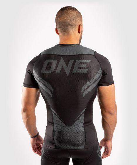 Venum ONE FC Impact Rashguard - short sleeves - Black/Black