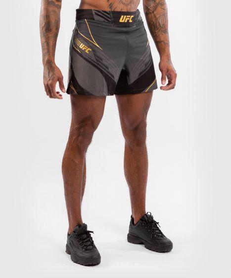 UFC Venum Authentic Fight Night Herenshort - Short Fit - Champion