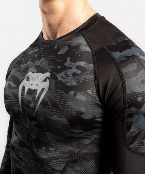 Venum Defender Rashguard - Long Sleeves  - Dark camo