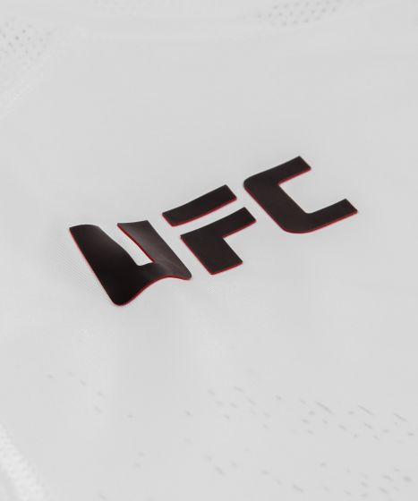 UFC Venum Authentic Fight Night Walkout Herenshirt - Wit