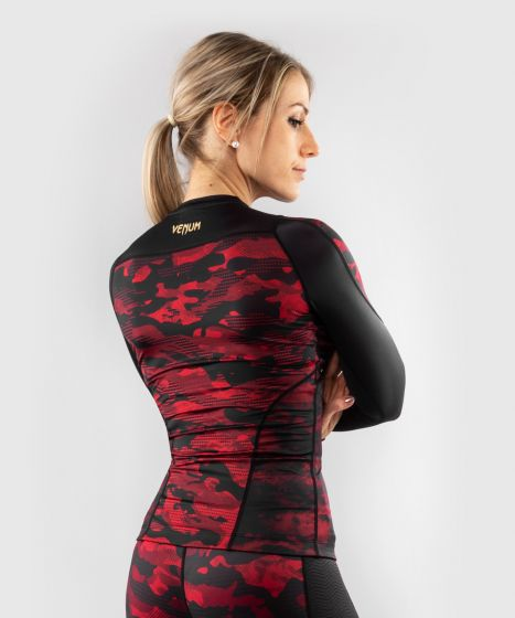 Venum Defender long sleeve Rashguard - for women - Black/Red