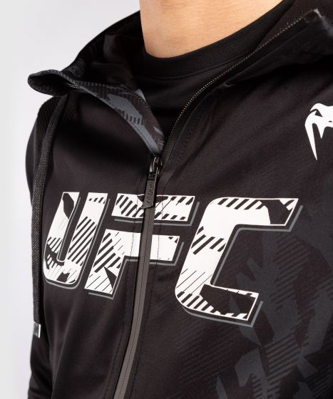UFC Venum Authentic Fight Week Herenhoodie met rits - Zwart