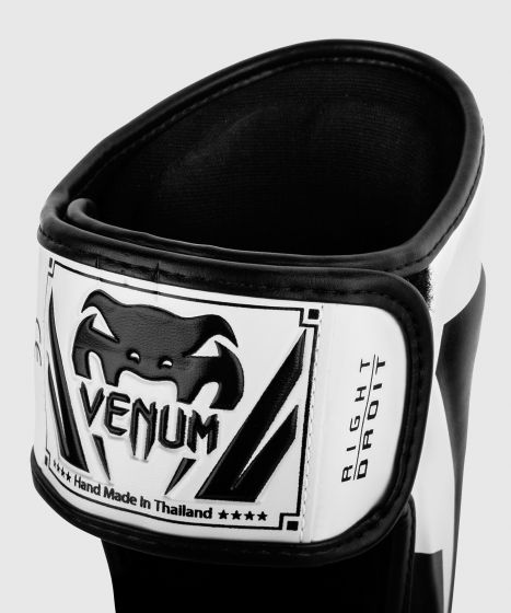 Venum Elite scheenbeschermers - Wit/Zwart