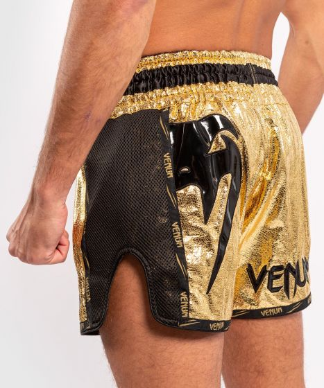 Venum Giant Foil Muay Thai Shorts - Goud/Zwart