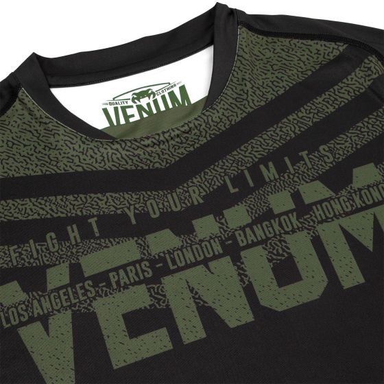 Venum Signature Dry Tech T-shirt - Black /Khaki - Exclusive