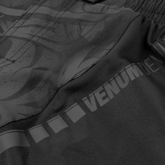 Venum Devil Fightshorts - Black/Black