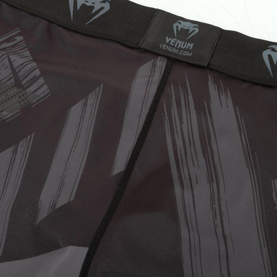 Venum AMRAP Compressishorts - Zwart/Grijs