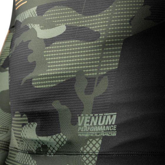 Venum Tactical Rashguard - Langarm - Camo Wald/Schwarz