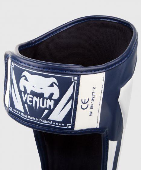 Venum Elite Standup Scheenbeschermers - wit/marineblauw