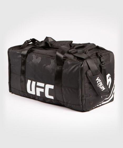 UFC Venum Authentic Fight Week Sporttas